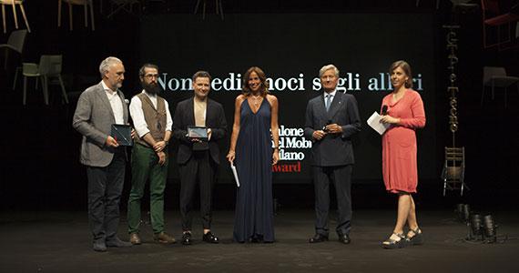 """Filo di FOSCARINI """"miglior prodotto Euroluce"""" al Salone del Mobile.Milano Award"""