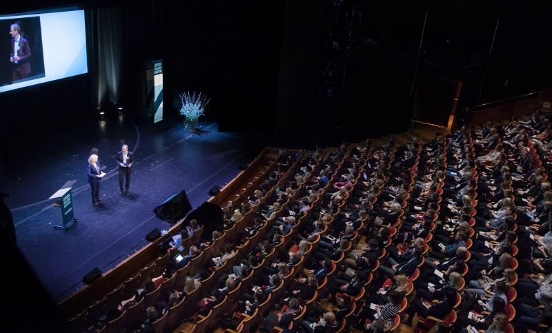 800_forum-host-theatre-the-norwegian-theater-1