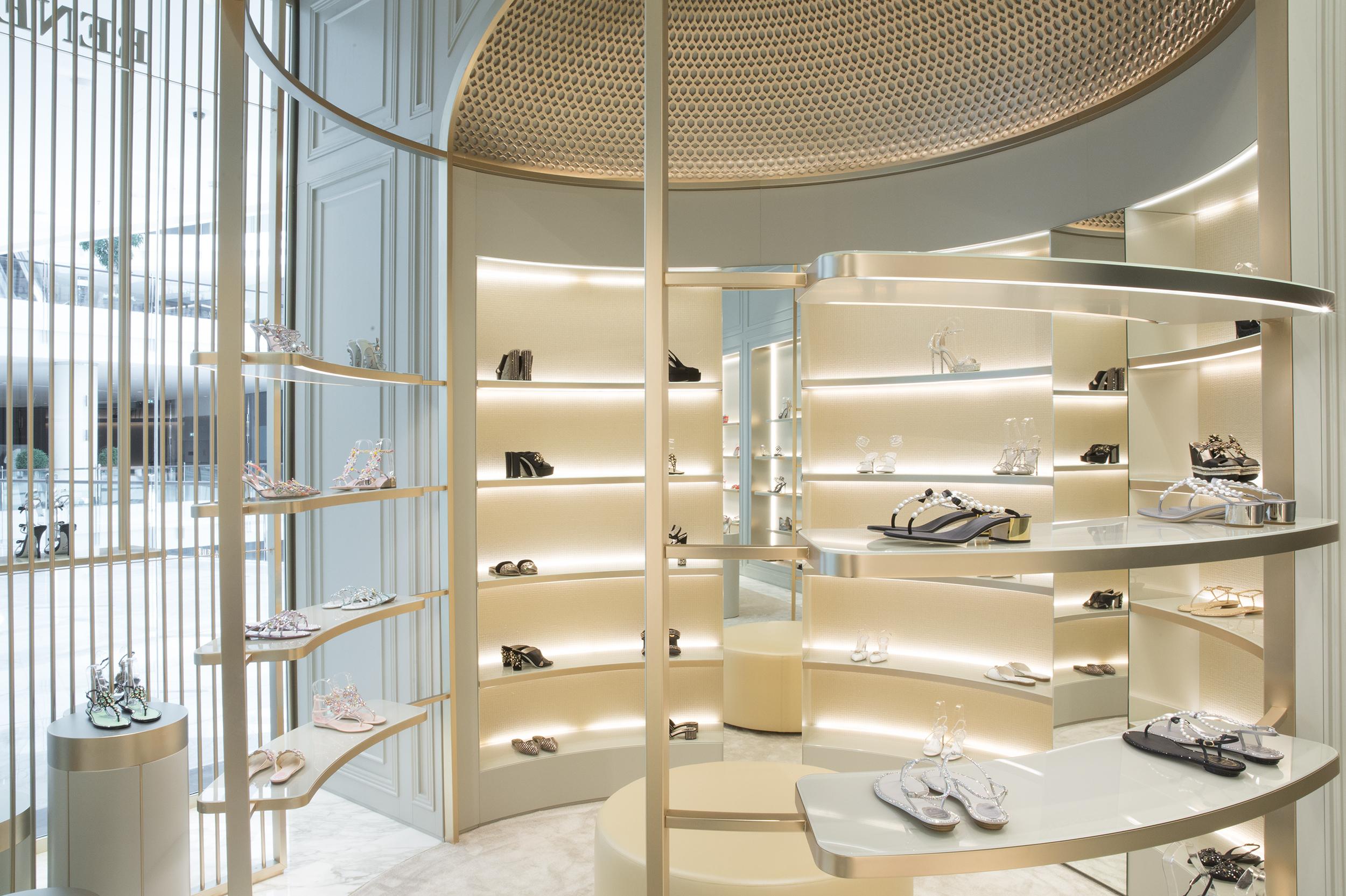 RETAIL_Rene caovilla Dubai