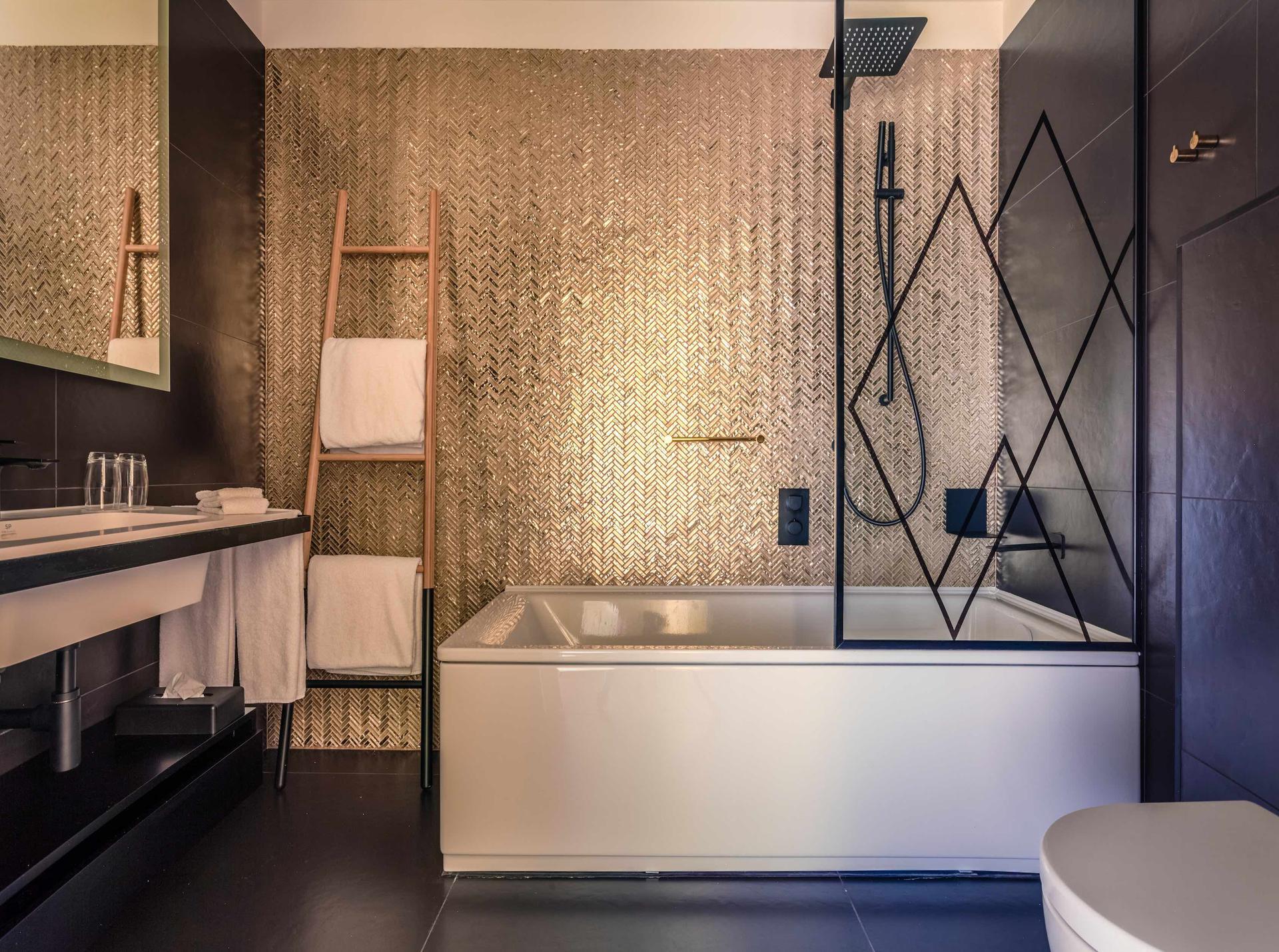 4_Kaldewei_Hotel_Indigo_Warsaw_Puro